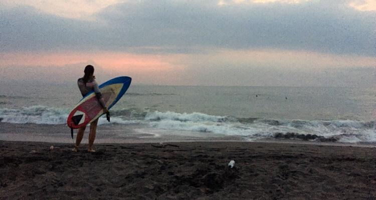 Fehler beim Surfen lernen: Zum falschen Zeitpunkt rauspaddeln!