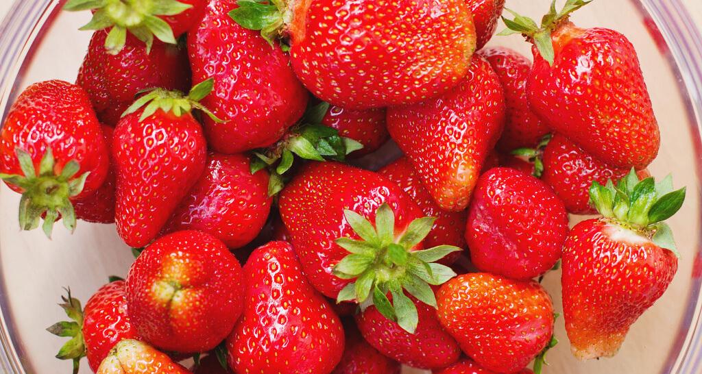 Summer-Bucket-List-Erdbeeren essen bis mir der Bauch weh tut