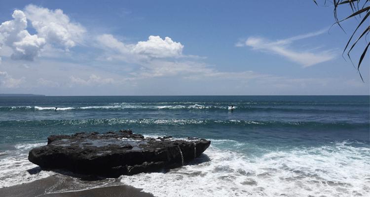 surfen-im-juni-indonesien