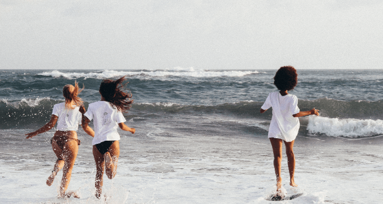 surf-girl-gang-nachhaltige-surfmode-frauen-04