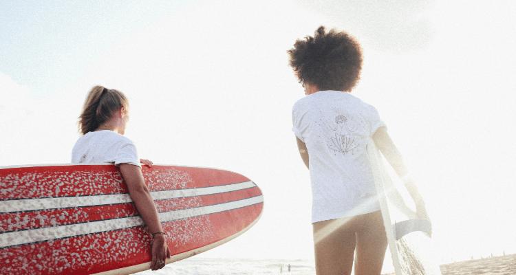surf-girl-gang-nachhaltige-surfmode-frauen-06