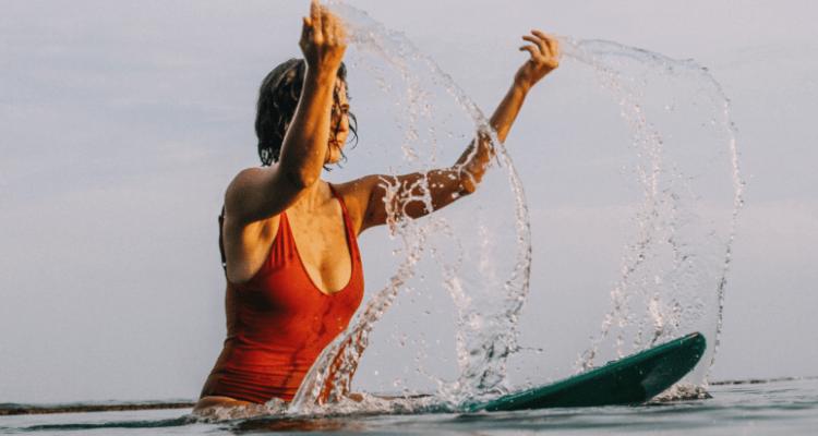 achtsames-surfen-wellenreiten
